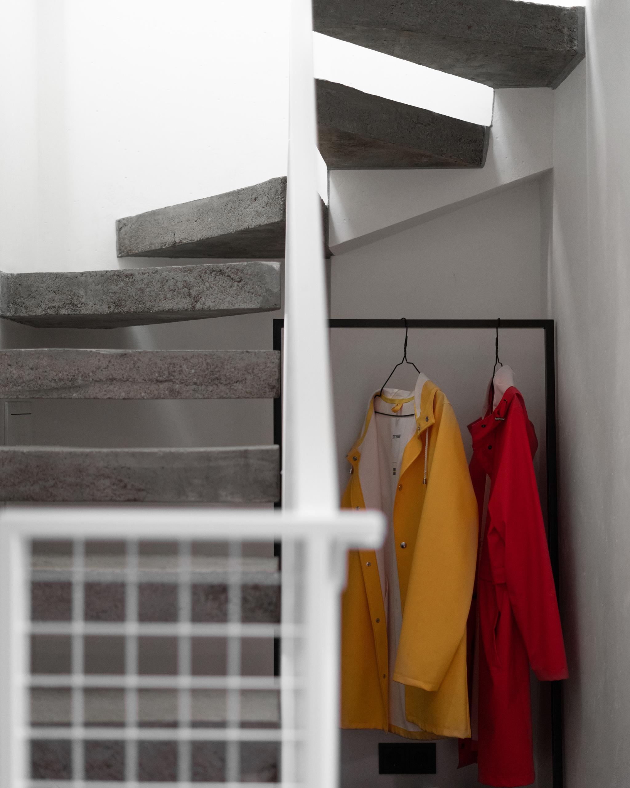 Фотосъемка интерьера лестницы крупным планом