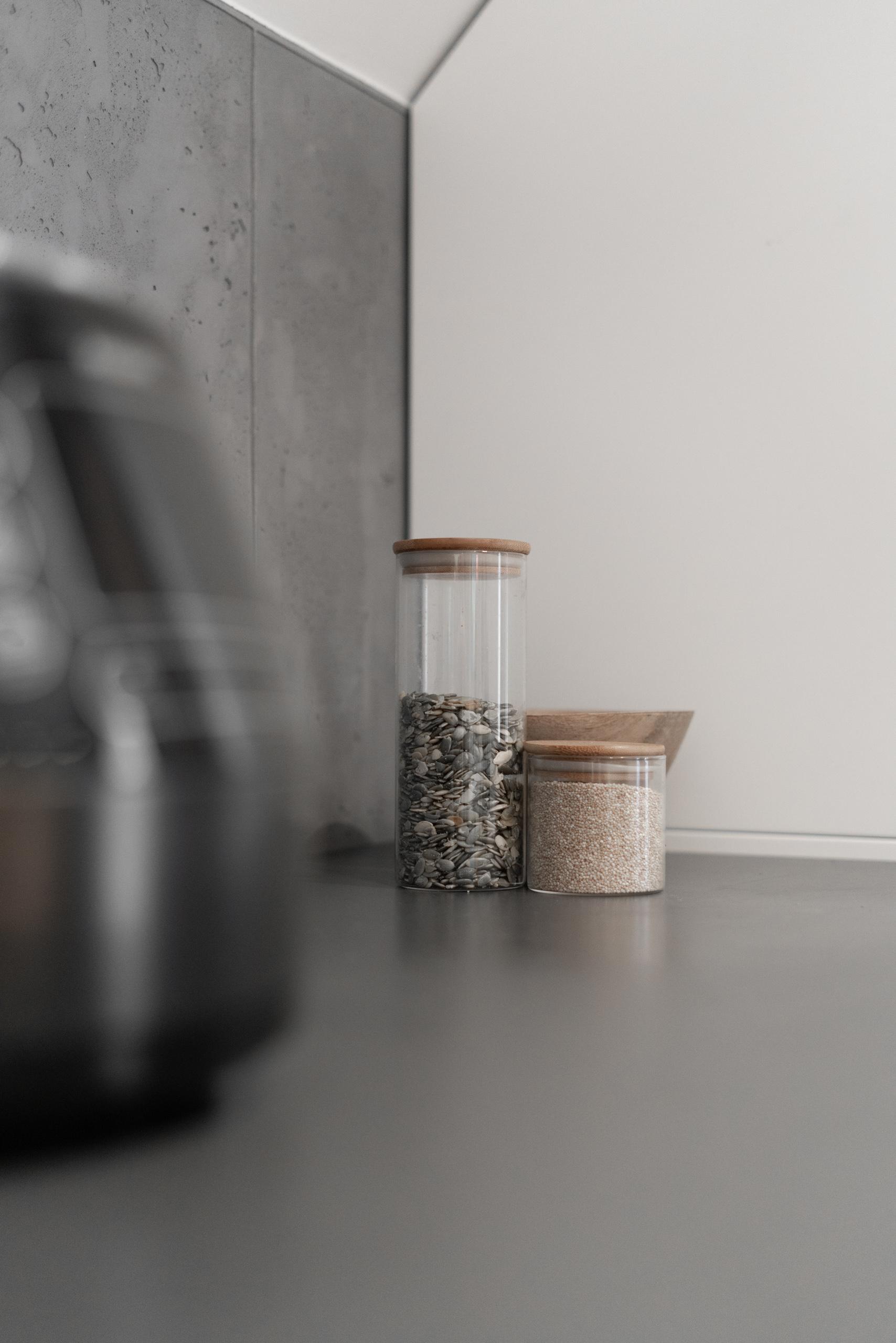 Кадр интерьера кухни крупным планом