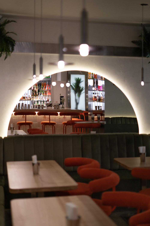 Интерьерная фотосъемка ресторан Оптимист