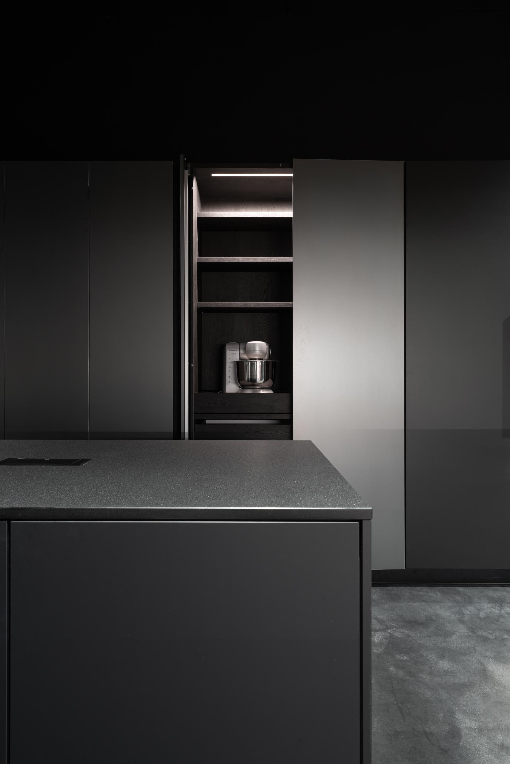 Фотосъемка интерьера салона кухонь